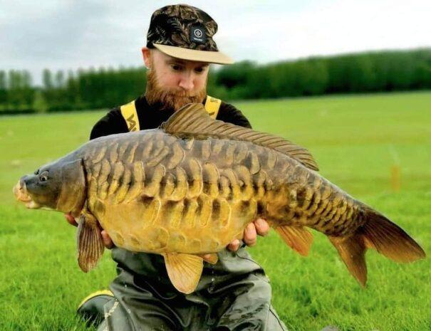 scaley-carp-towcester-lakes